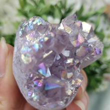 Load image into Gallery viewer, Amethyst Aura Druzy Heart