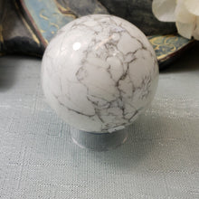 Load image into Gallery viewer, White Howlite Sphere #11