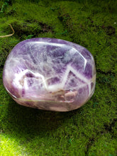 Load image into Gallery viewer, Amethyst - Chevron Amethyst