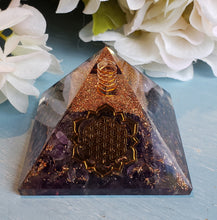 Load image into Gallery viewer, Orgonite Pyramids