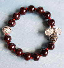 Load image into Gallery viewer, Garnet Beauty Bee Bracelet
