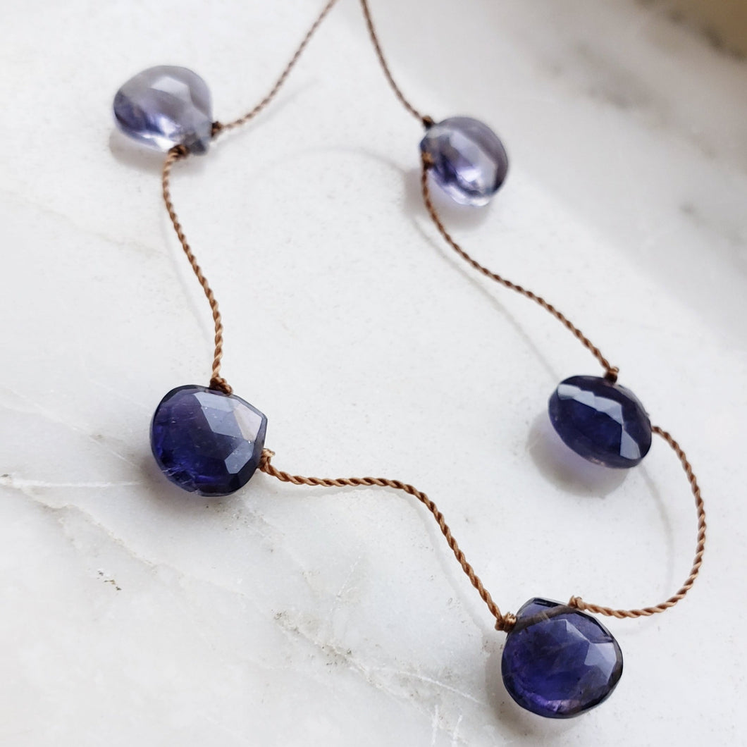 Iilote Delicate Knotted Necklace