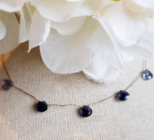 Load image into Gallery viewer, Iilote Delicate Knotted Necklace