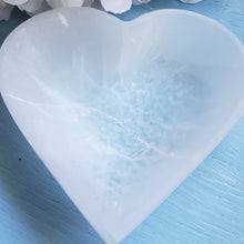 Load image into Gallery viewer, Selenite Heart Shaped Bowl