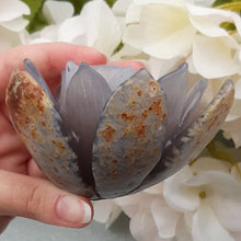 Load image into Gallery viewer, Druzy Agate Lotus #2