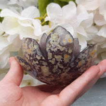 Load image into Gallery viewer, Druzy Agate Lotus #3
