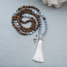 Load image into Gallery viewer, Blue Lace Agate and Sandalwood Mala with White Howlite