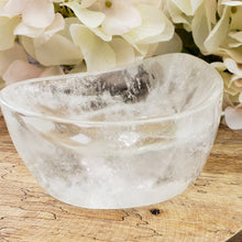Load image into Gallery viewer, Clear Quartz Bowl - Paisley Shaped