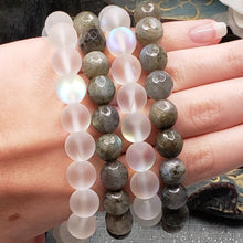 Load image into Gallery viewer, Aura Quartz Bracelet with Crystal Star