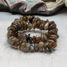 Load image into Gallery viewer, Labradorite Chunky Stretch Bracelet