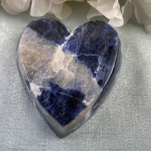 Load image into Gallery viewer, Sodalite Heart Bowl