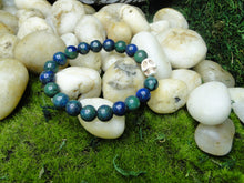 Load image into Gallery viewer, Chrysocolla Smooth Beads with Howlite Skull