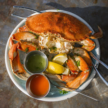 Load image into Gallery viewer, Live Dungeness Crab - 2 Pack