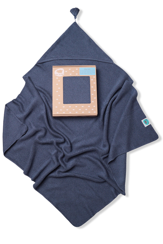 KNITTED BLANKET WITH HOOD - NAVY - Babyllama store