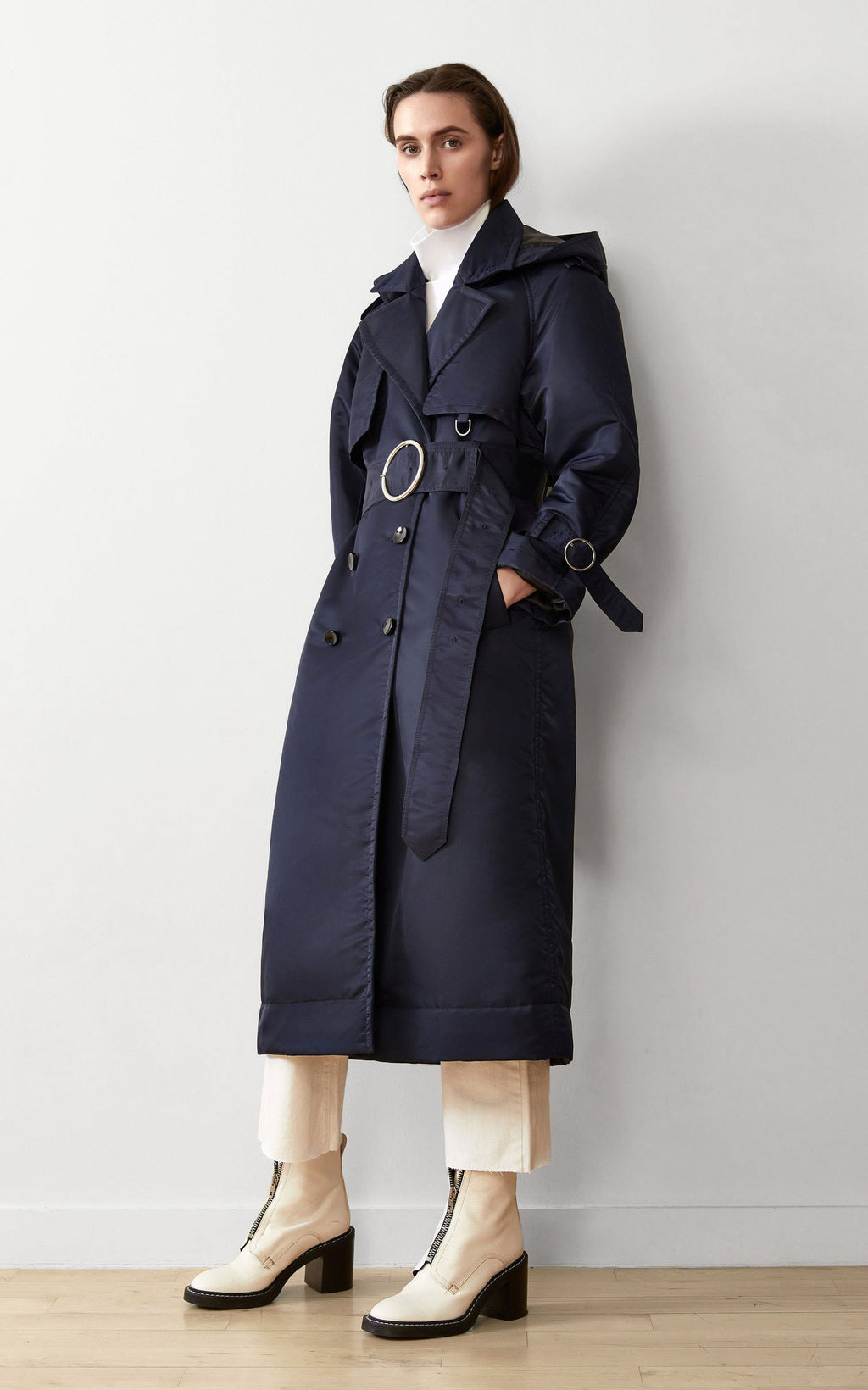 SUSTAINABLE DOWN FILLED SATIN TRENCH