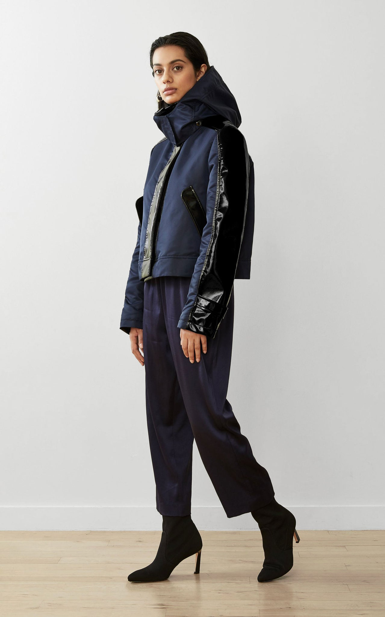 WATER-RESISTANT CONVERTIBLE SUSTAINABLE RAINCOAT