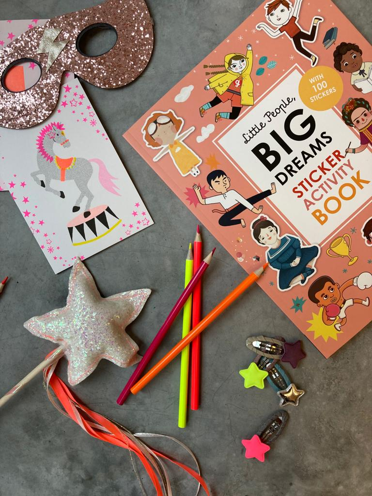Little People, Big Dreams: Sticker Book