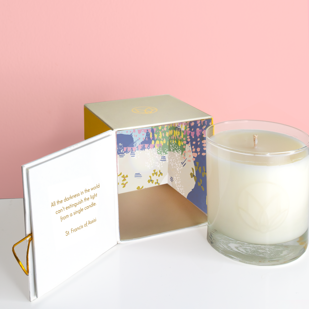 Linen and Honeysuckle Candle