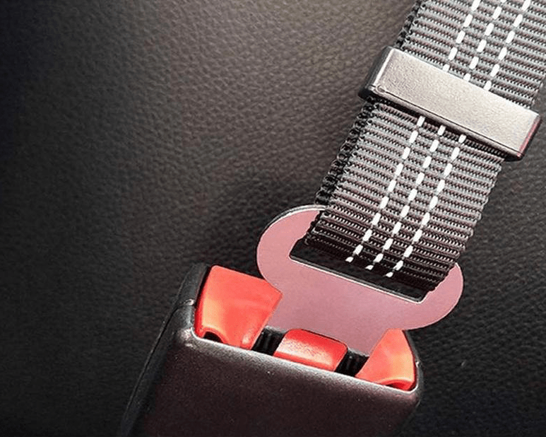 Dog Seat belt works with all car seat belt buckles