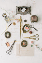 Load image into Gallery viewer, Petite Heirloom Styling Props
