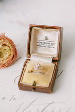 Load image into Gallery viewer, Antique Ring Box
