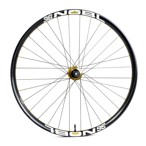Onyx Classic Custom Hand Built Mountain Disc Wheelset / Carbon Nobl Rims