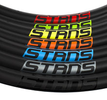 Load image into Gallery viewer, Stan's NoTubes Flow CB7 Custom Hand Built Mountain Disc Wheelset