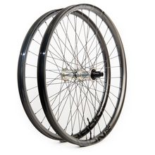 Load image into Gallery viewer, Nobl TR38 Custom Hand Built Mountain Disc Wheelset
