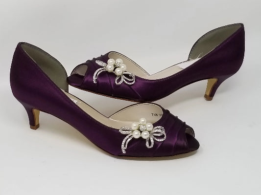 eggplant purple wedding shoes with pearl bow