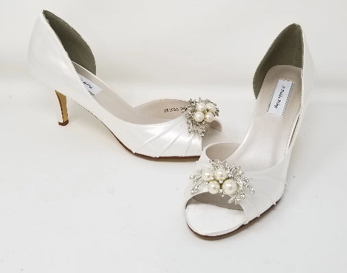 white wedding shoes with pearls and crystal design