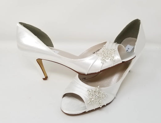 white wedding shoes with crystal snowflake