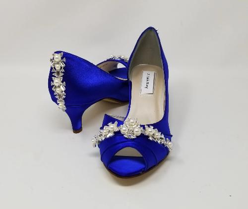 blue wedding shoes with pearls