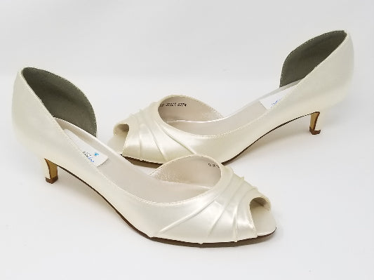 Ivory Kitten Heel Bridal Shoes