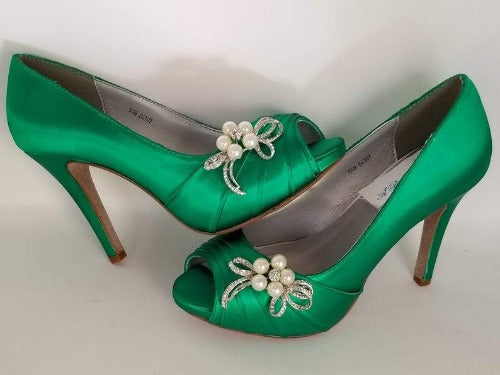 emerald green bridal shoes