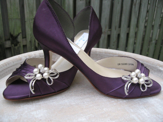 purple wedding shoes with crystal bow