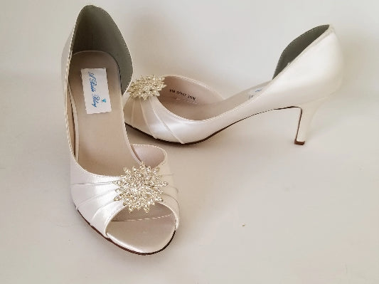 ivory wedding shoes with crystal flower