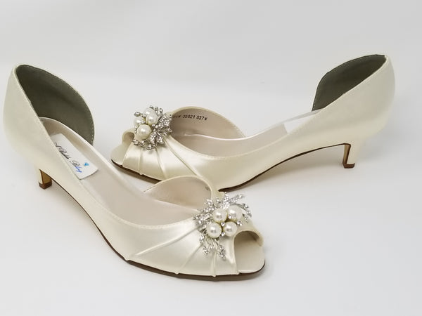 Ivory Wedding Shoes Pearl and Crystal Cascade Design
