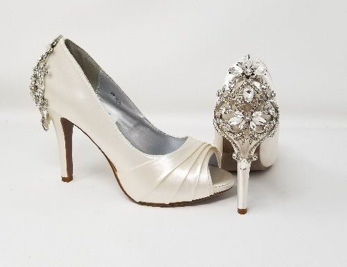 ivory wedding shoes with crystal heel