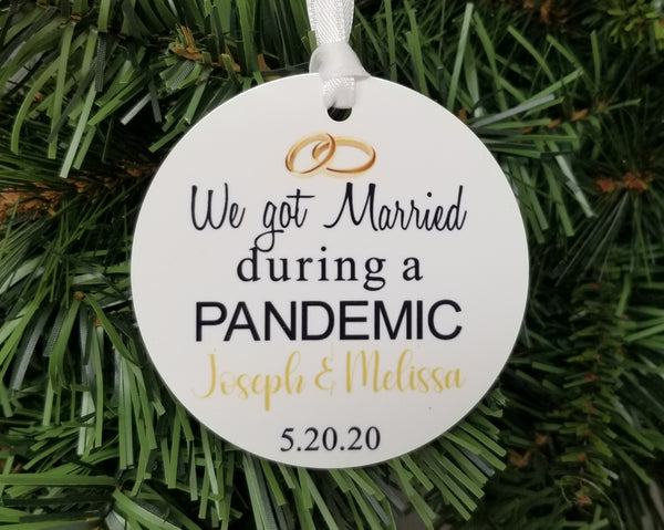 married during pandemic ornament
