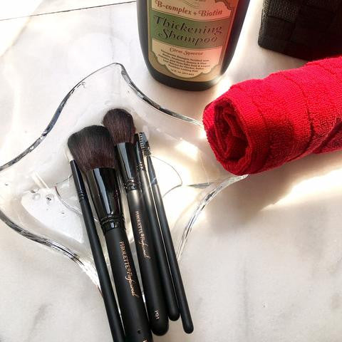 WHY CHOOSE CRUELTY-FREE MAKEUP BRUSHES?