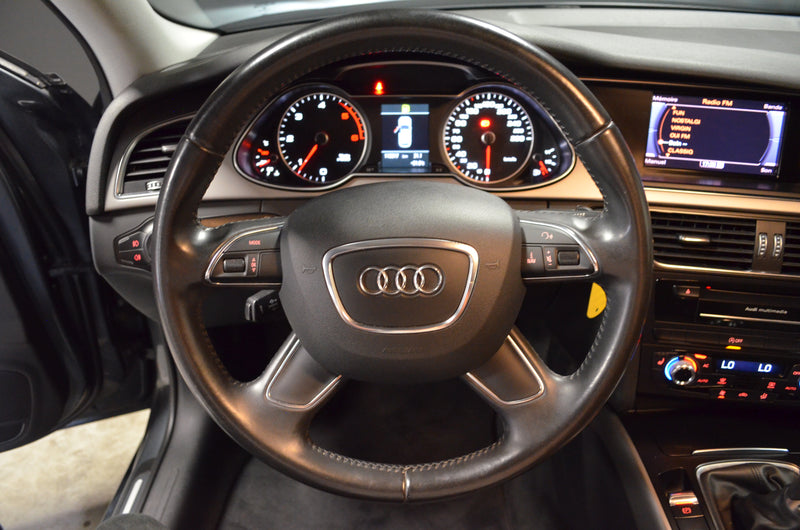 AUDI A4 AVANT 2.0 TDI 136 ATTRACTION