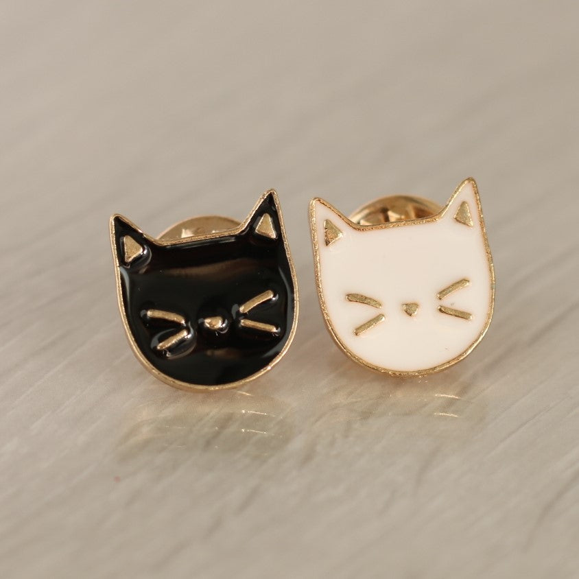 Black and White Cat Pin Set