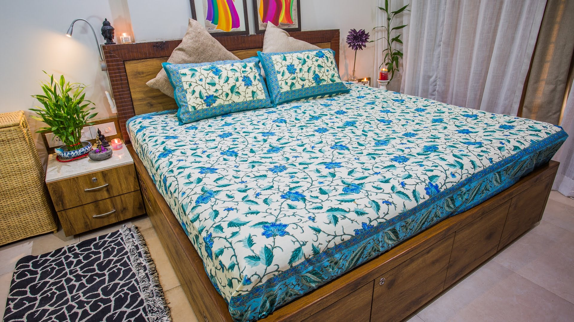 Blue Exotic Leaves Cotton Bedspread
