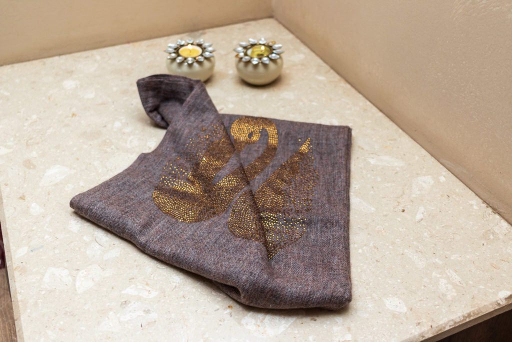 Duo Duck Crystal Fine Wool Stole