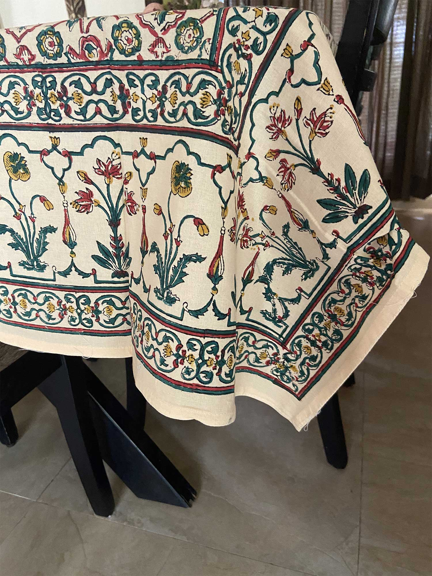Jaipuri 8 Seater Cotton Table Cover  - 8013