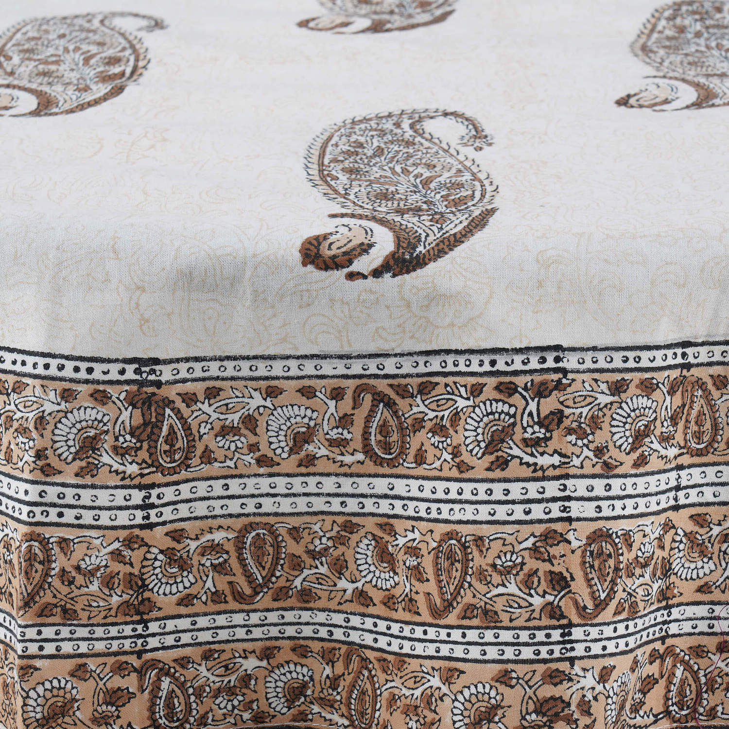 Jaipuri Hand Block Printed Round Cotton Table Cover - 01