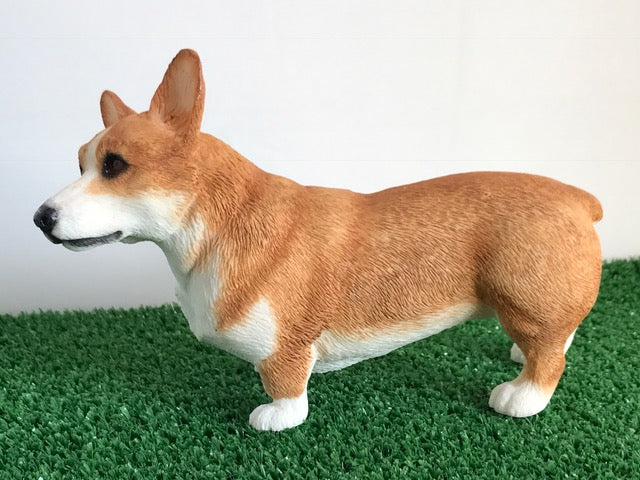 Corgi ornament, quality lifelike figurine from the Leonardo range. Gift boxed.