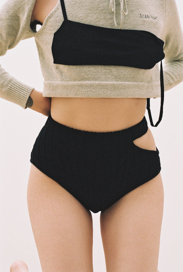 Sade Shorts in Black