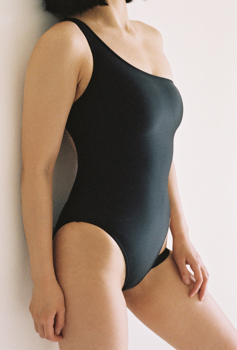 Ocean Swimsuit in Black
