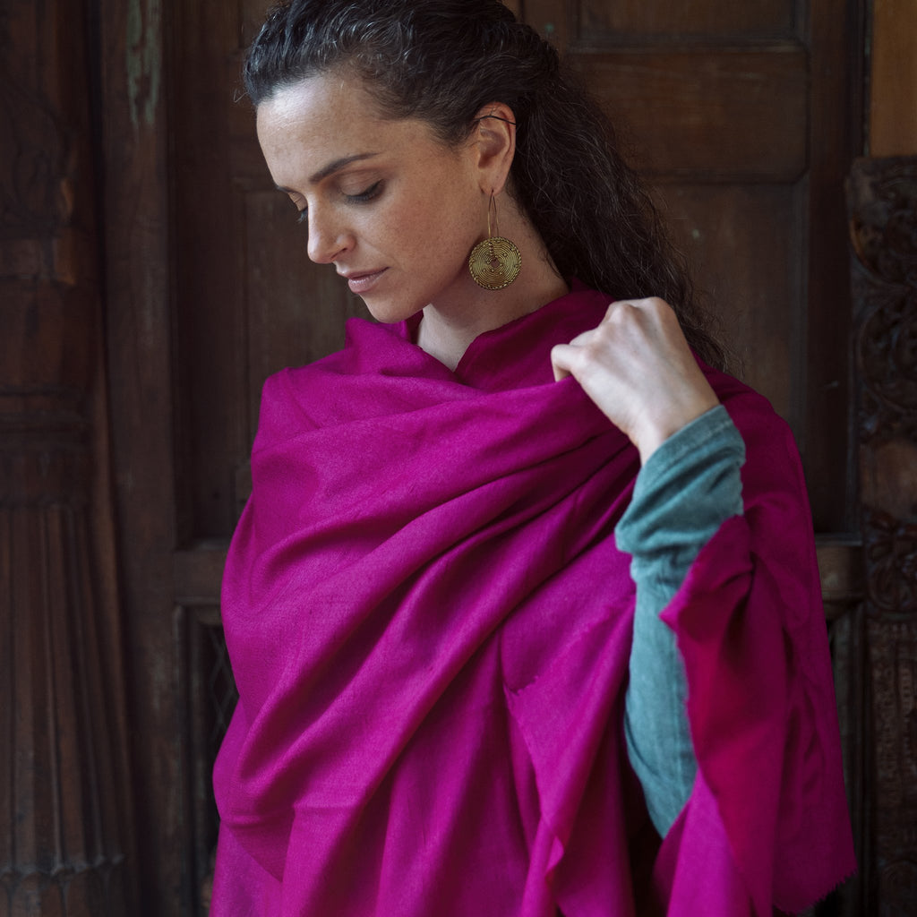 Plain Shawl Collection | Shawls and Blankets for Yoga and Meditation | Esprit de l'Himalaya
